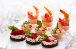Рецепты на праздничный стол: оригинальные закуски с тарталетками для встречи Нового года