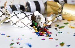 Как сделать хлопушку на Новый год своими руками в домашних условиях: пошаговая инструкция