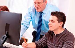 Подработка на лето: где и кем можно работать подростку с 14 лет