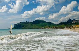 Лучшие пляжи Крыма: песчаный берег в тренде