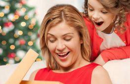 Что подарить маме на Новый год: подарки своими руками
