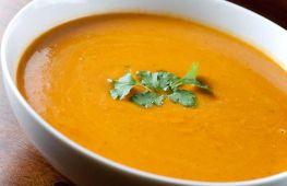 Суп-пюре из тыквы: простые рецепты по приготовлению вкусных первых блюд для начинающих кулинаров