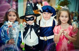Как одеть ребенка на новый год в школу (садик): лучшие идеи