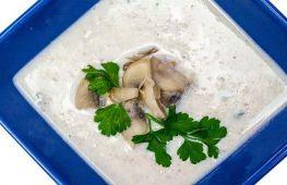 Грибные деликатесы: суп-пюре из шампиньонов