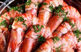 Сколько нужно варить креветки. Простые способы приготовления замороженных морепродуктов
