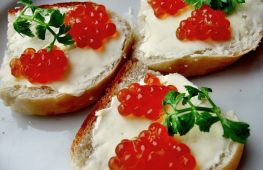 Интересные идеи для красивых бутербродов на Новый год с фото