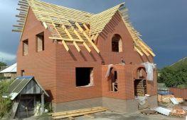 Сколько стоит построить дом из кирпича: строим с нуля