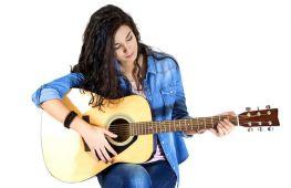 Покупка гитары. Как выбрать инструмент для неопытных, начинающих музыкантов