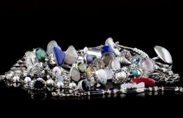 Как почистить серебро в домашних условиях, чтобы оно блестело
