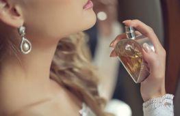 Хорошие духи как один из секретов женского обаяния. Подборка популярных свежих ароматов