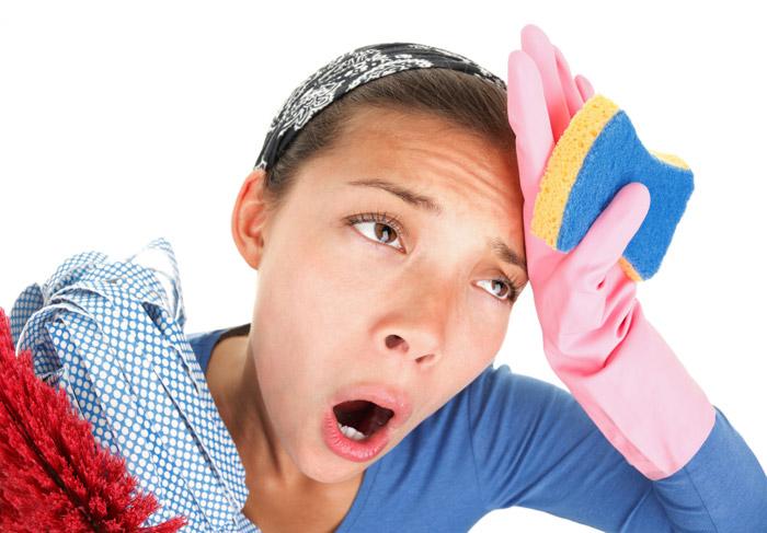 Безопаснее использовать народные средства для очистки поверхностей