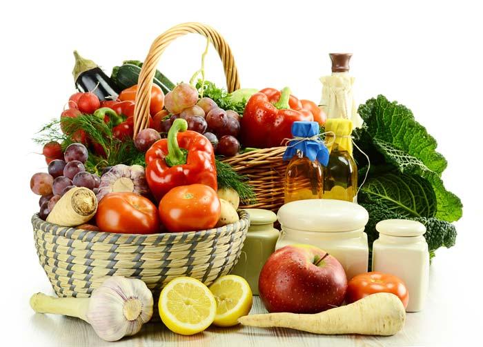 Важно, чтобы кормящая мама не употребляла аллергенных продуктов