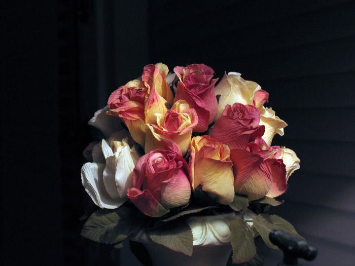 Искусственные цветы не требуют особого ухода и условий
