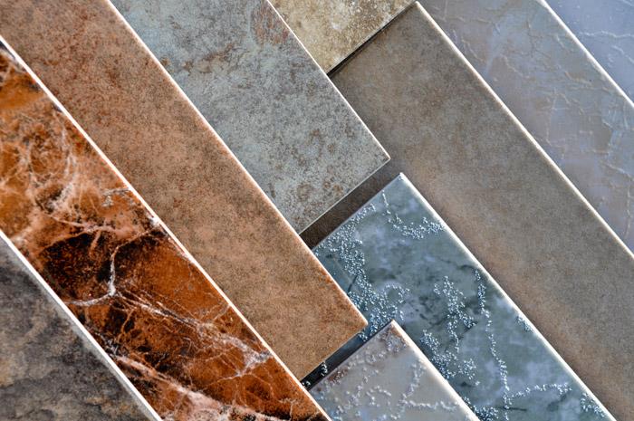 Обратите внимание на толщину плитки и качество покрытия