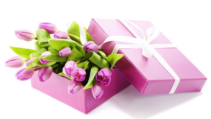 Цветы - один из лучших подарков