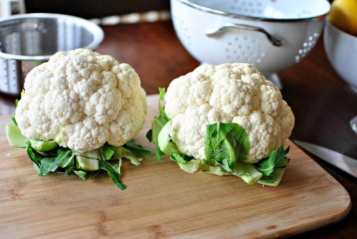Цветную капусту можно готовить в духовке, мультиварке или микроволновке