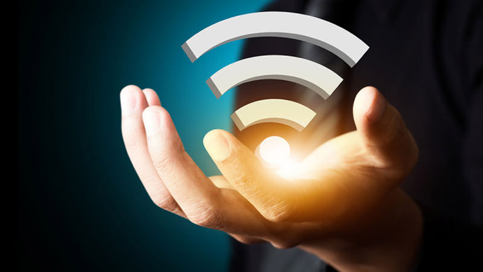 К сети можно подключить планшеты и смартфоны