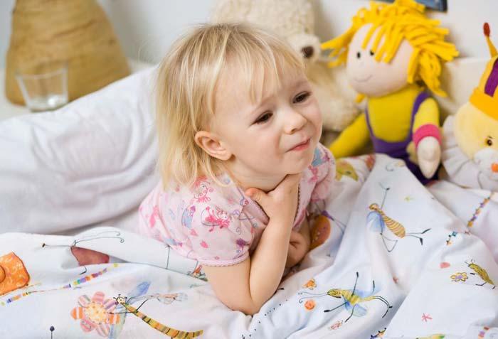 Как лечить горло в домашних условиях ребенку