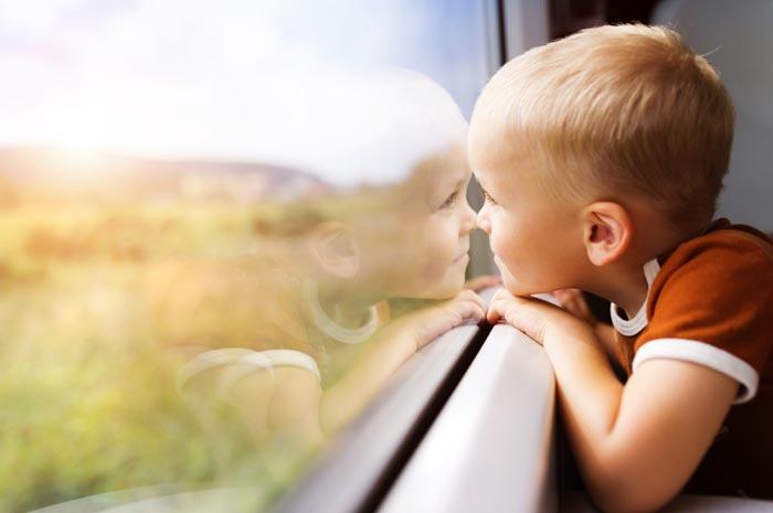 Малыши до пяти лет могут путешествовать с родителями бесплатно