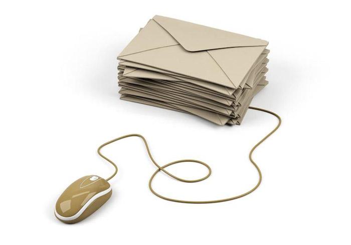 Вы можете объединить несколько почтовых ящиков в один