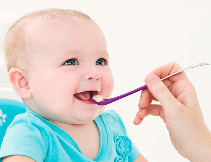 Лучшая первая каша для малыша - гречневая безмолочная