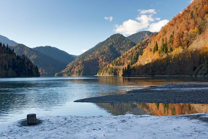 В озере запрещено купаться
