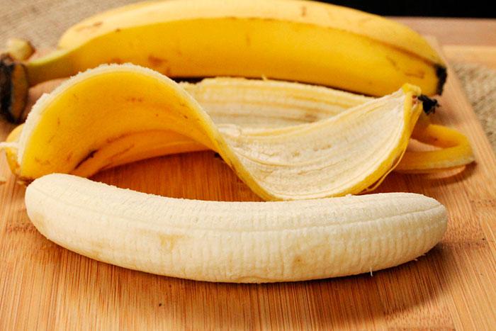 Очищенные бананы можно хранить в морозилке