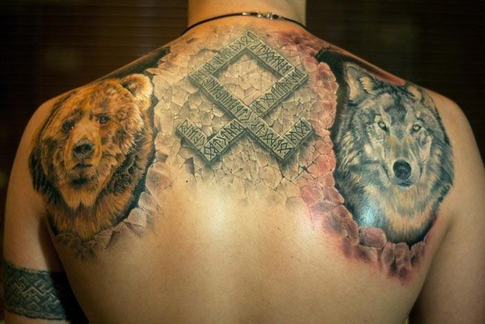 Татуировка в славянском стиле