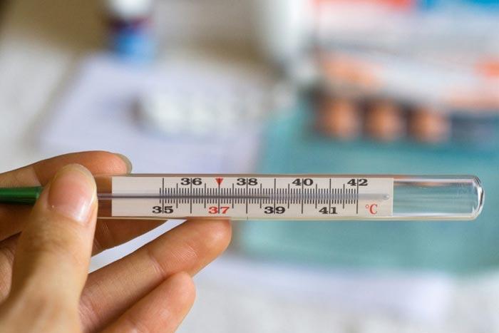 Определить наступление беременности можно, измеряя температуру