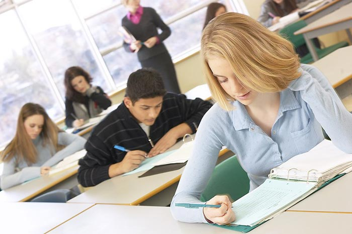 Если математика для вас сложна, выбирайте специальности, где она не изучается