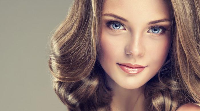 Цвет волос должен подчеркнуть оттенок глаз