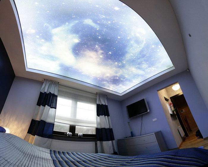 Потолок нужно очищать 1-2 раза в год