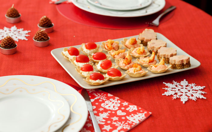 Яркие и аппетитные, такие закуски украсят праздничный стол