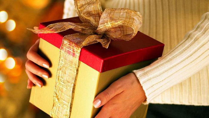 Выбирайте подарок по интересам свекрови
