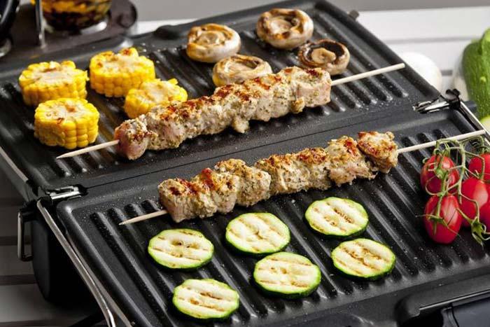 Электрогриль позволяет быстро готовить полезные блюда