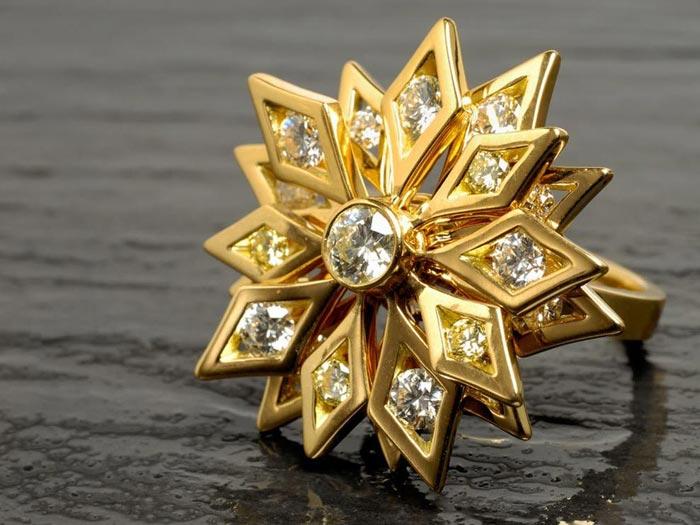 Очищайте золото регулярно, чтобы не допускать сильного загрязнения