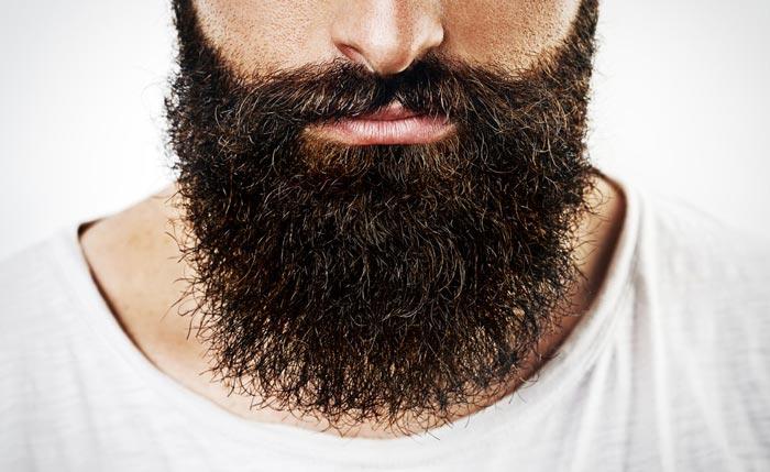 Если вы собираетесь стричь бороду впервые - обратитесь за советом к мастеру
