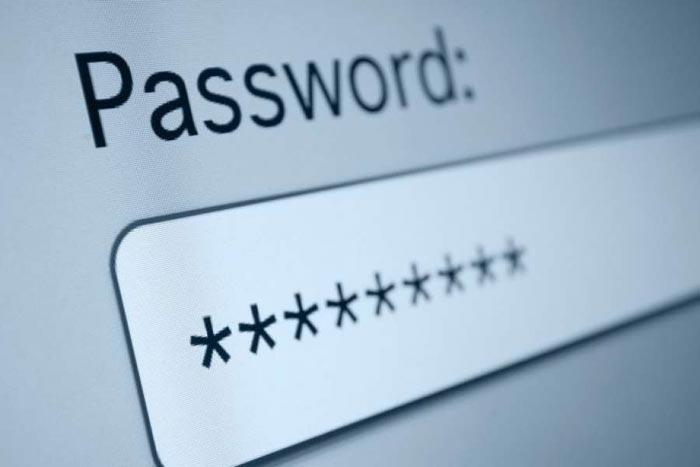 Посмотреть пароль можно без использования специальных программ