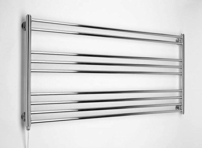 Электрические полотенцесушители проще монтировать. чем водяные