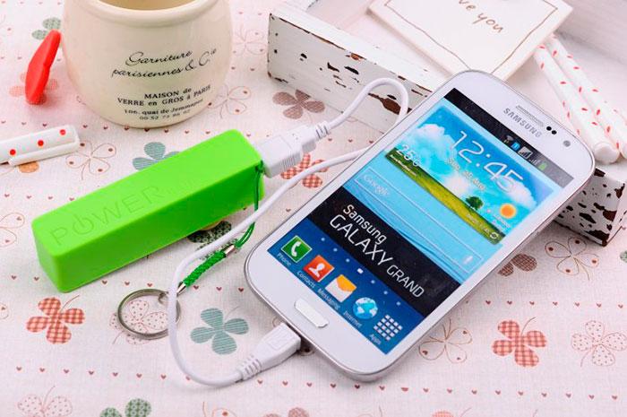 Для подзарядки телефона достаточно емкости батареи в 6-8 т. Ампер