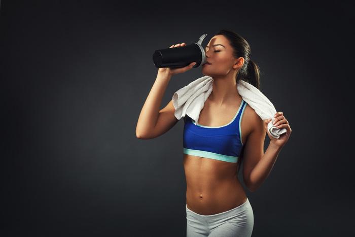 Прием протеинов нужно начинать после того, как правильно отрегулировано питание