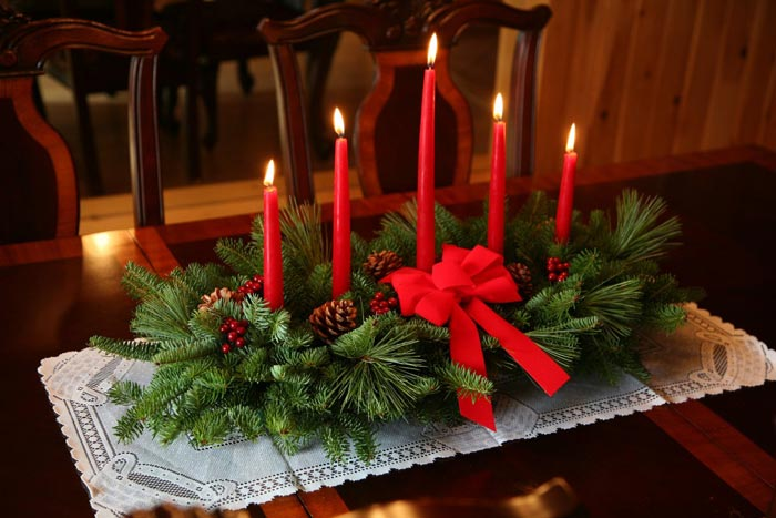 Свечи станут уместным украшением праздничного стола