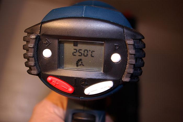 Регулятор температуры на строительном фене