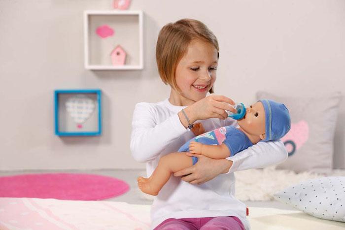 Боди для куклы можно сшить вместе с дочкой