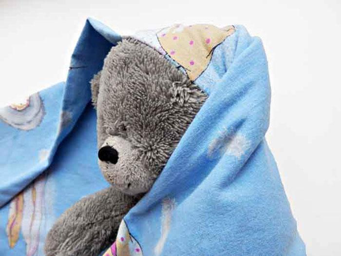 Пеленание с головой используют в первые ни жизни ребенка