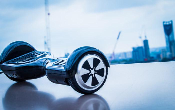 На гироскутере можно передвигаться только по ровной поверхности