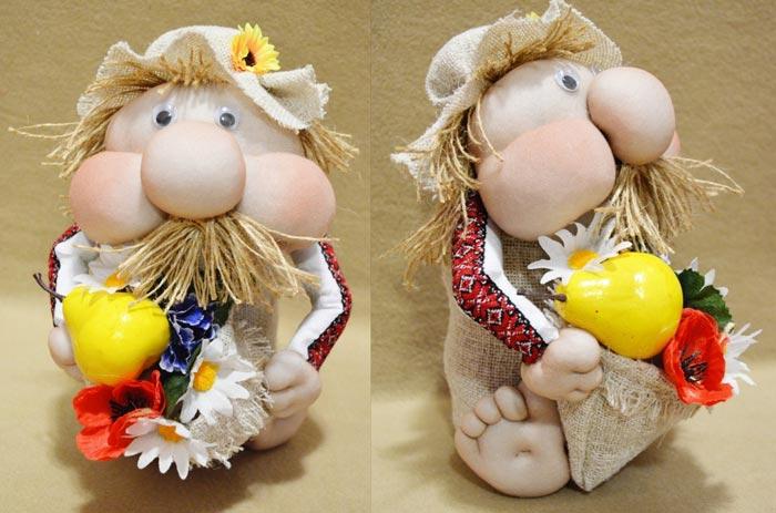 Начните делать более простые куклы и постепенно переходите к сложным
