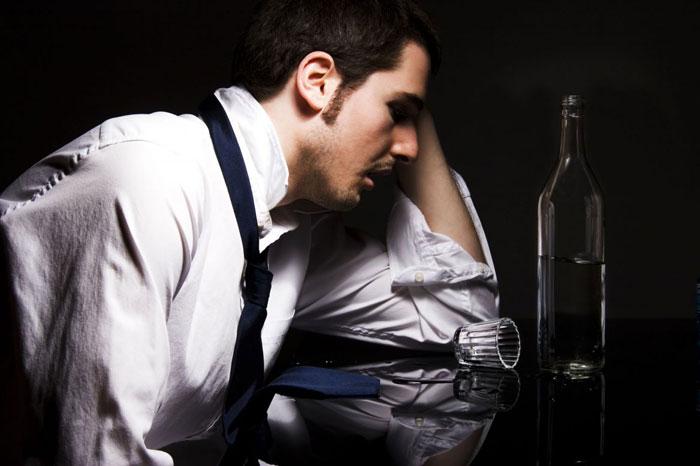 Помните, что люди, употребляющие алкоголь, чаще подвержены различным заболеваниям