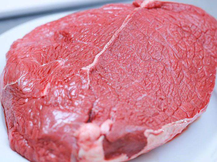 Для приготовления в духовке берите только свежее охлажденное мясо