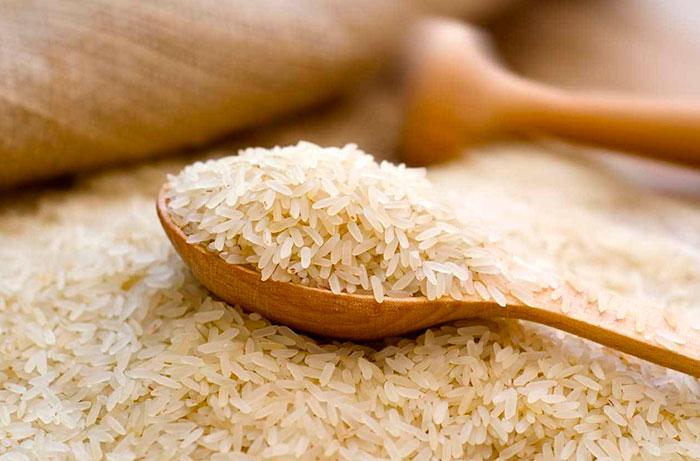 Пропаренный рис для приготовления плова лучше не использовать